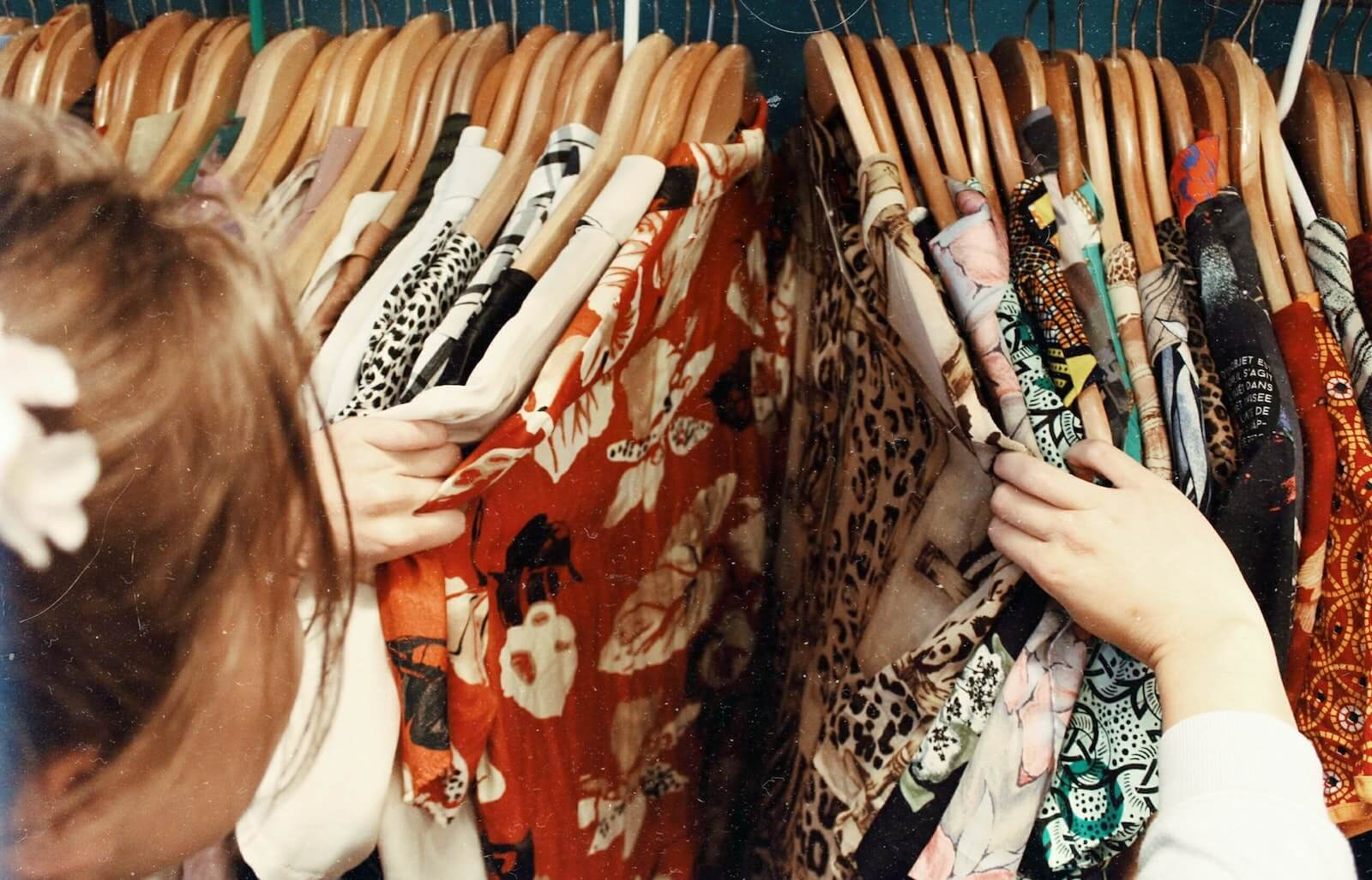 How to choose Wholesale Clothing Suppliers in UAE